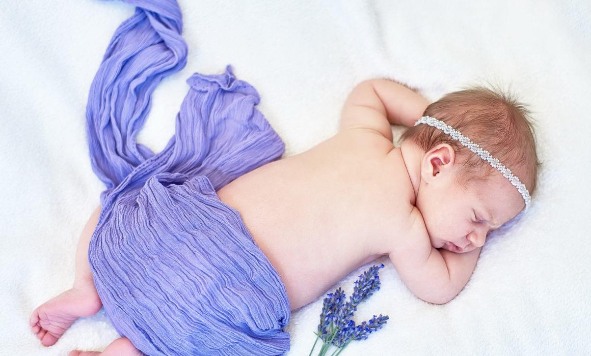 újszülöttfotózás Veresegyházon